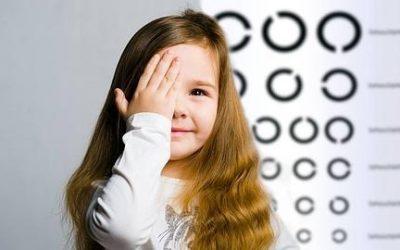 ¿Cuándo tengo que revisar la vista a mi hijo?