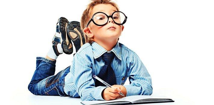 ¿Afecta la visión en el rendimiento escolar de mi hijo?